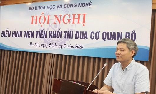 Thứ trưởng Bộ KH&CN Phạm Công Tạc phát biểu tại Hội nghị.